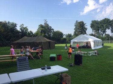 Revival survival kamp in volle gang